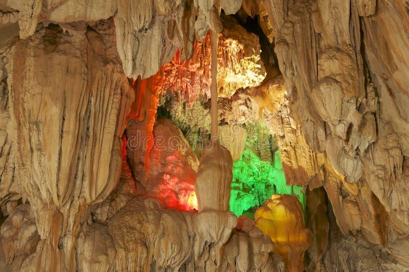 Belle caverne de Tham Jang, Vang Vieng, Laos photographie stock libre de droits