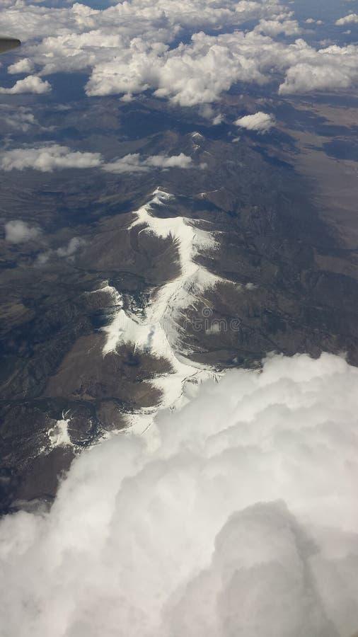 Belle chaîne de montagne photo stock