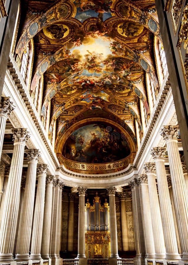 Belle chapelle dans le palais de Versailles photos libres de droits