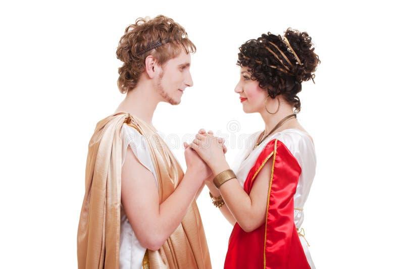 Belle coppie nello stile greco immagine stock
