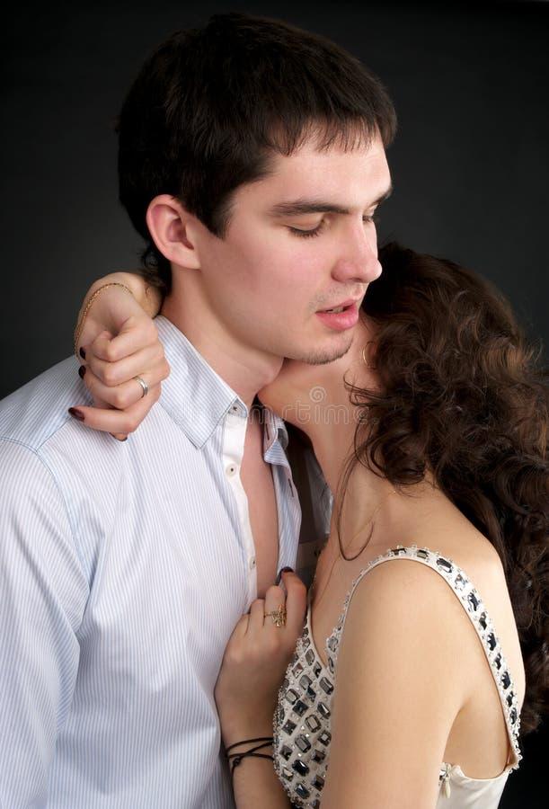 Belle coppie sessuali nell'amore fotografie stock libere da diritti