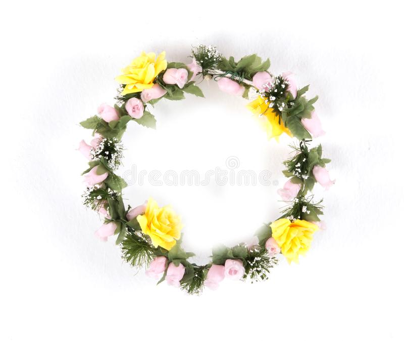 belle couronne de fleur d'isolement sur le fond blanc image stock