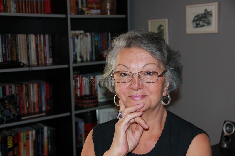 Belle dame âgée images libres de droits