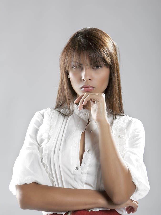 Belle dame hispanique attirante image libre de droits