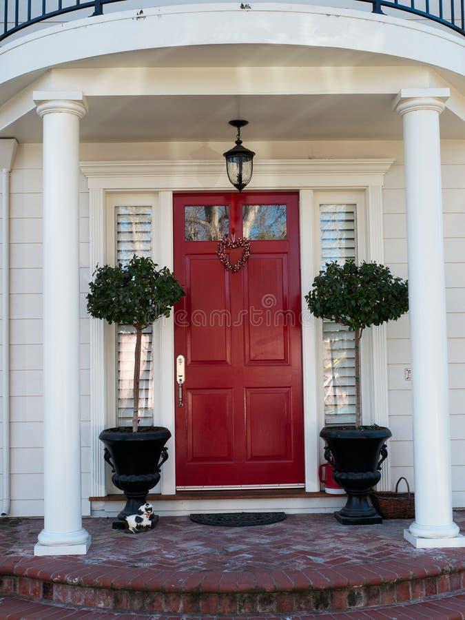 Belle entrée de maison photo stock. Image du deux, entrée - 49359936