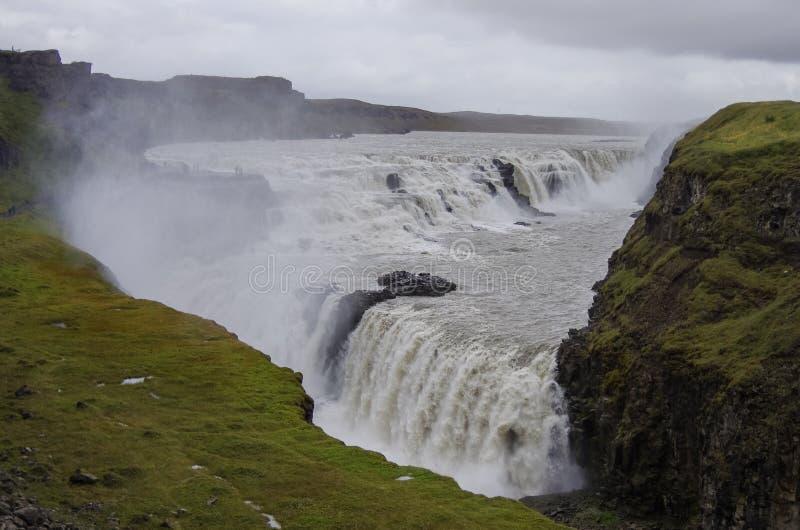 Belle et célèbre cascade de Gullfoss, itinéraire d'or de cercle dedans photo stock