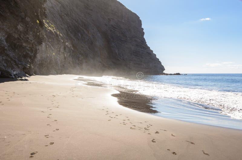 Belle et tranquille plage Masca Hausse en gorge Masca ?le volcanique Montagnes de l'île de Ténérife, canari image libre de droits