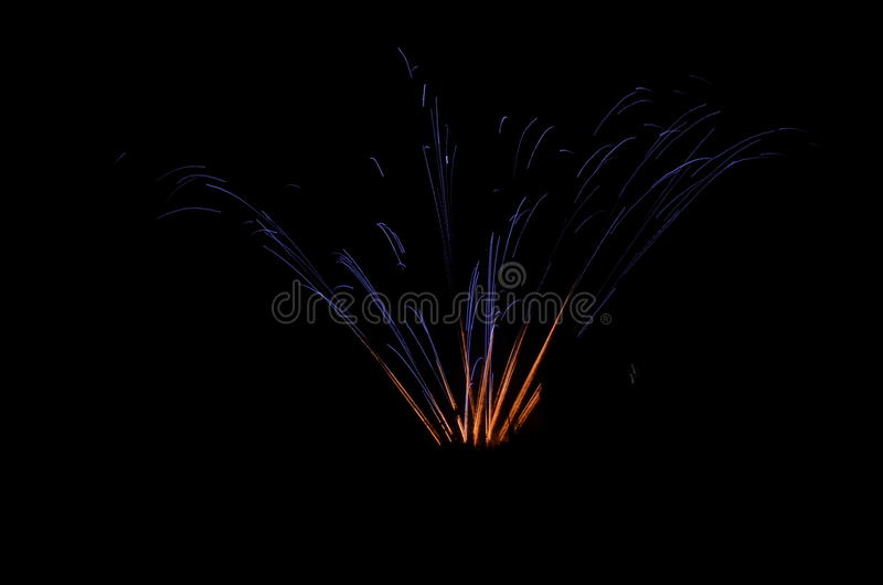 Belle explosion des feux d'artifice photos stock