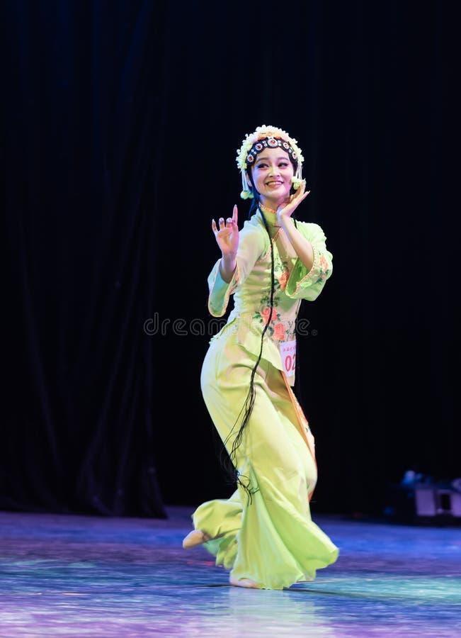 Belle exposition classique de Danse-obtention du diplôme du marieur 1-Chinese de département de danse photo stock