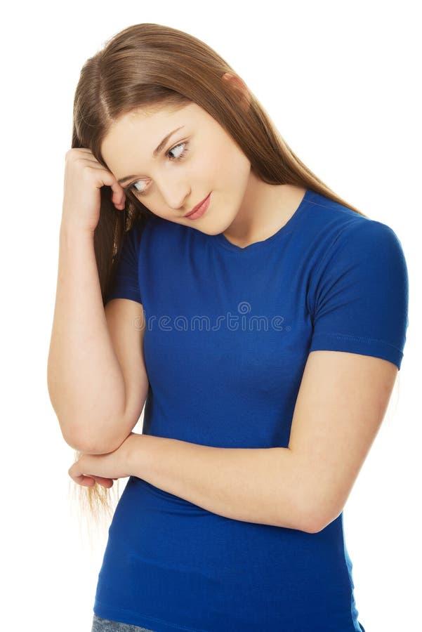 Belle femme adolescente inquiétée photos stock