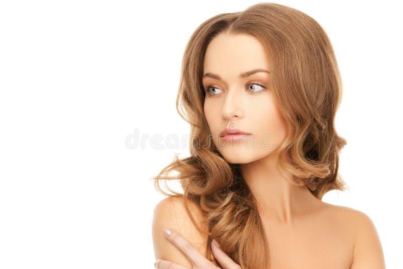 Belle femme avec de longs cheveux photographie stock libre de droits