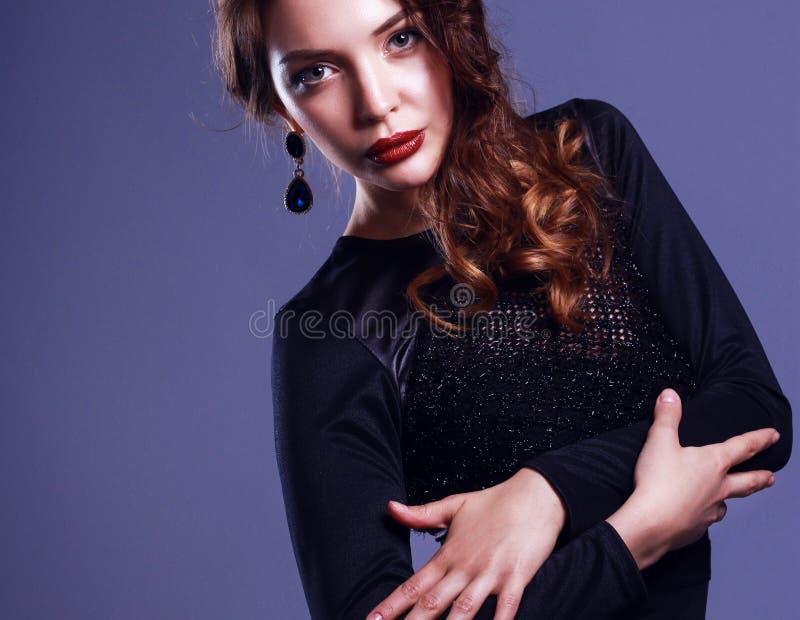 Maquillage de soiree avec robe noire