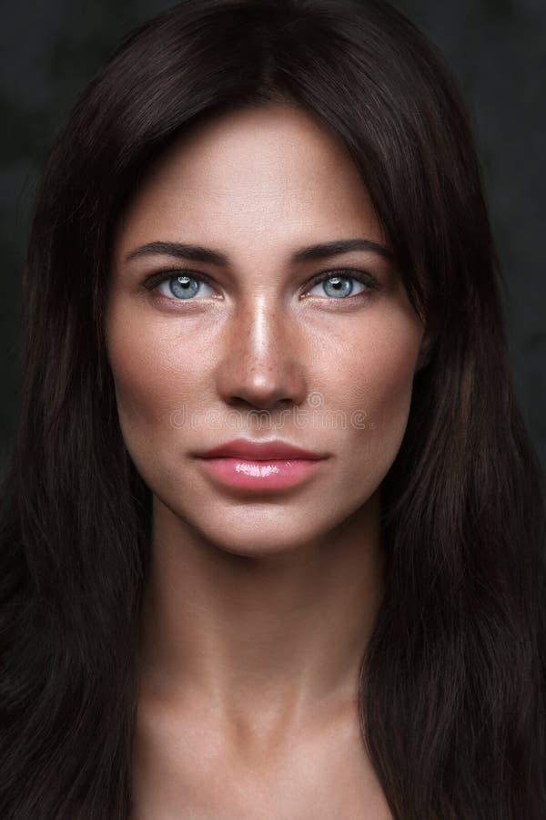 Belle femme avec le maquillage propre photographie stock
