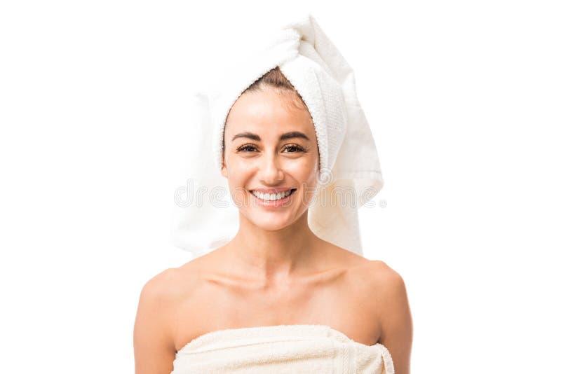 Belle femme avec le sourire nu d'épaules photo libre de droits