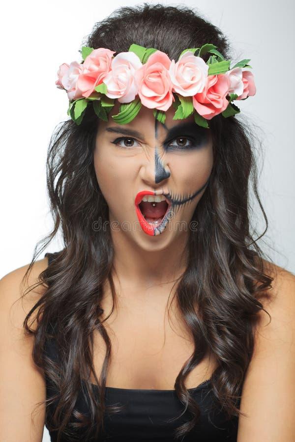 belle femme avec le squelette de maquillage photo stock image 60756225. Black Bedroom Furniture Sets. Home Design Ideas