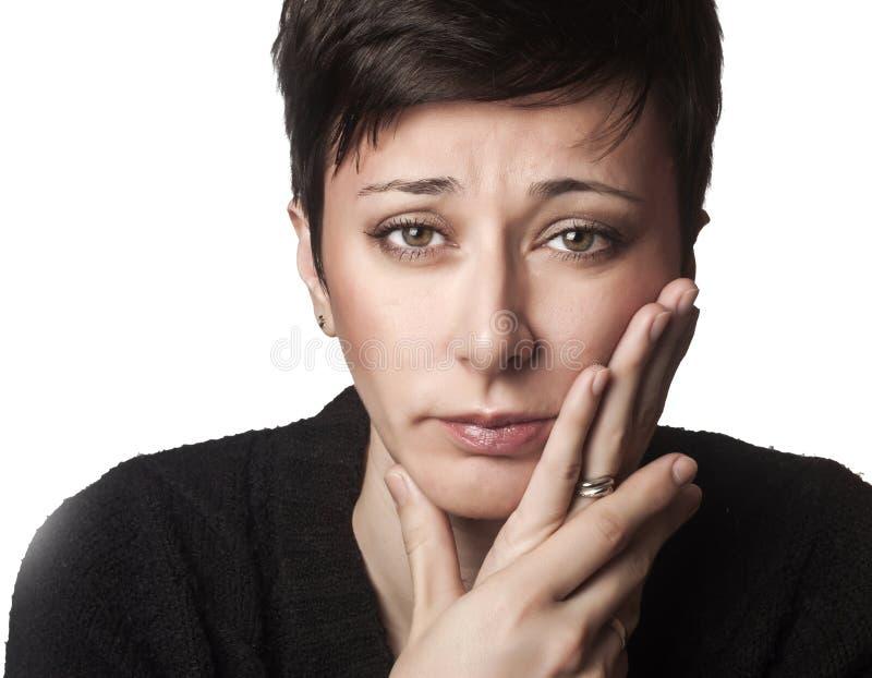 Belle femme ayant le mal de dents photos libres de droits