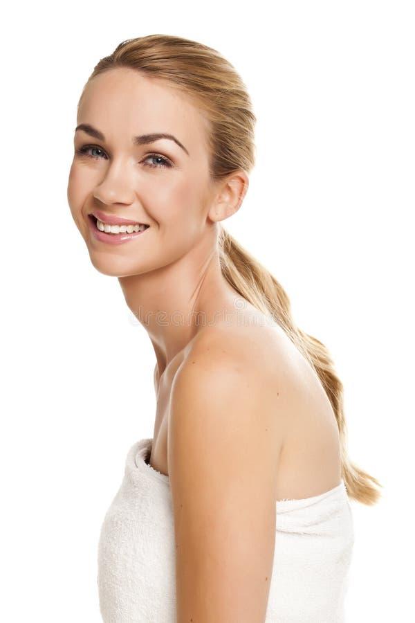 Belle femme blonde. image stock