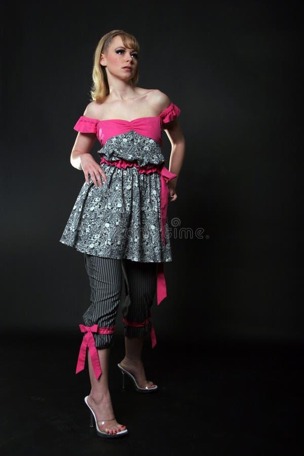 Belle femme dans la robe images libres de droits