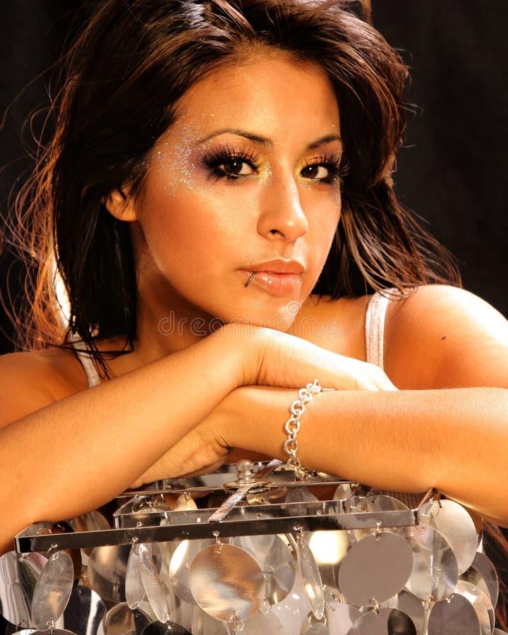 Belle femme hispanique photo stock