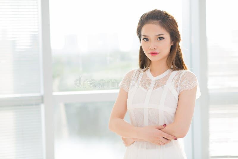 Belle fille asiatique photo stock