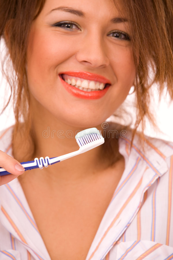 Belle Fille Avec La Brosse à Dents D Isolement Sur Le Blanc Photo stock
