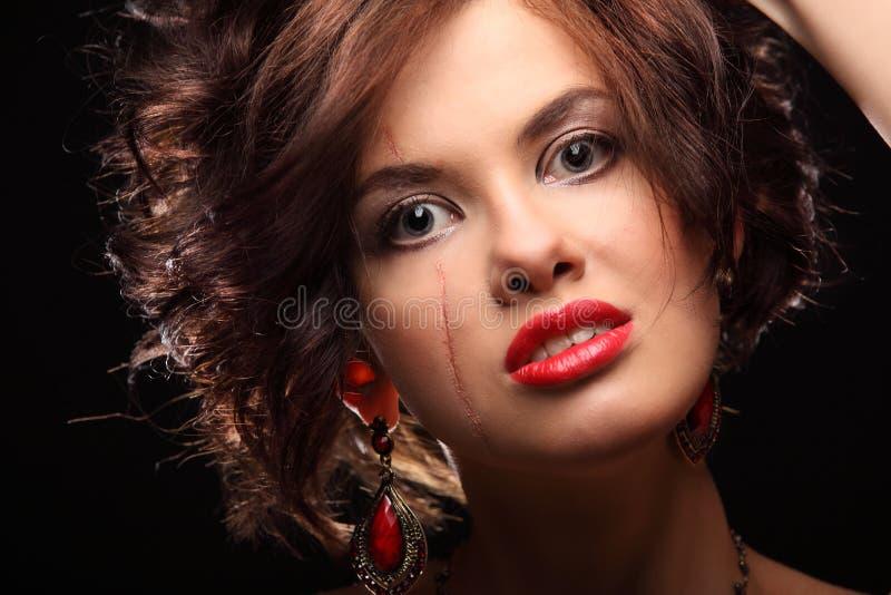 Download Belle Fille Avec Une Cicatrice Sur Le Visage Et L'épaule Photo stock - Image du soin, clavicule: 56485220