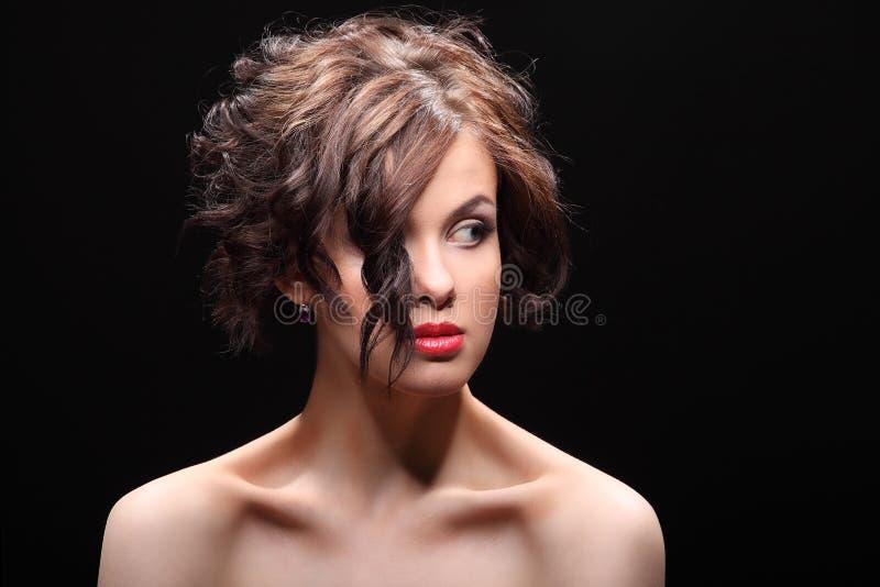 Download Belle Fille Avec Une Cicatrice Sur Le Visage Et L'épaule Image stock - Image du beau, peine: 56485719