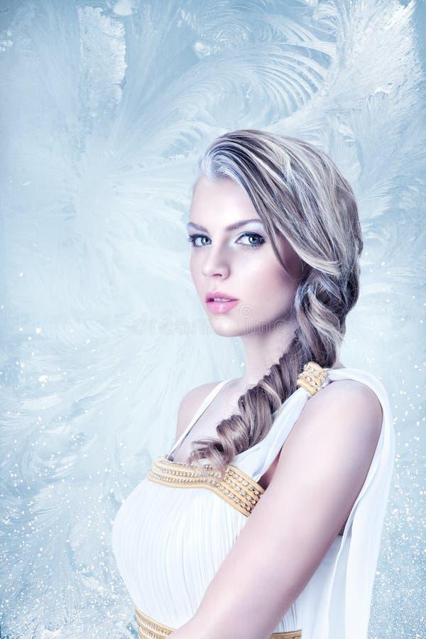 Belle fille congelée image libre de droits