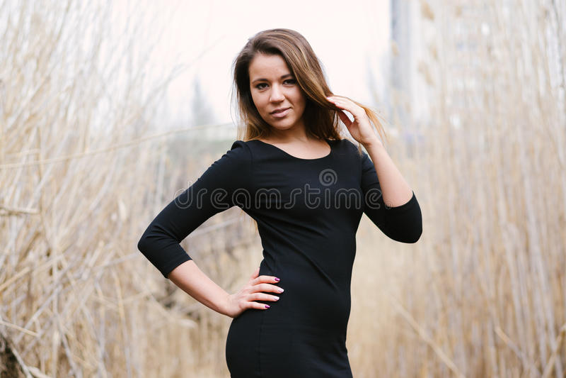 Belle fille dans différentes poses photos libres de droits
