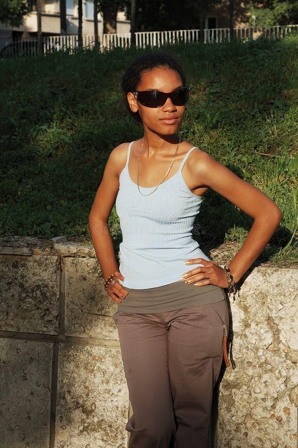 Belle fille noire photographie stock
