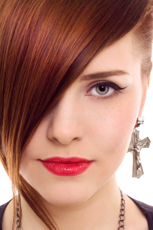 Belle fin de femme de redhair vers le haut de verticale de type photo stock