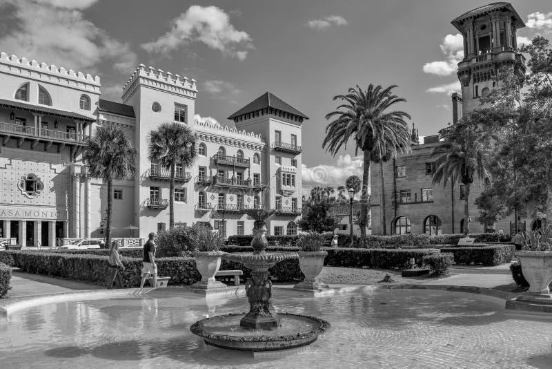 Belle fontaine , Casa Monica Spa & Hotel and Lighter Museum dans la Côte historique de Floridas images stock
