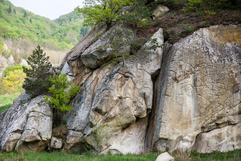 Belle formazioni geologiche in montagne di Bucegi fotografie stock libere da diritti