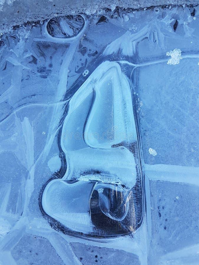 Belle immagini di ghiaccio, di acqua e di terra in Cañadas del Teide, Tenerife 4 immagine stock libera da diritti