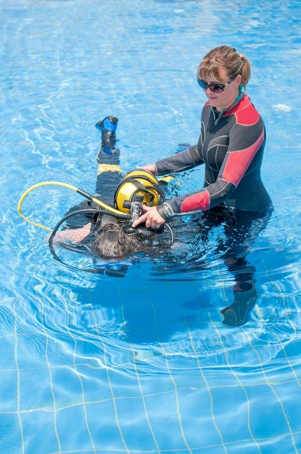 Plongeurs féminins photo libre de droits