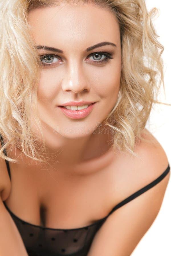 Belle jeune femme photos stock