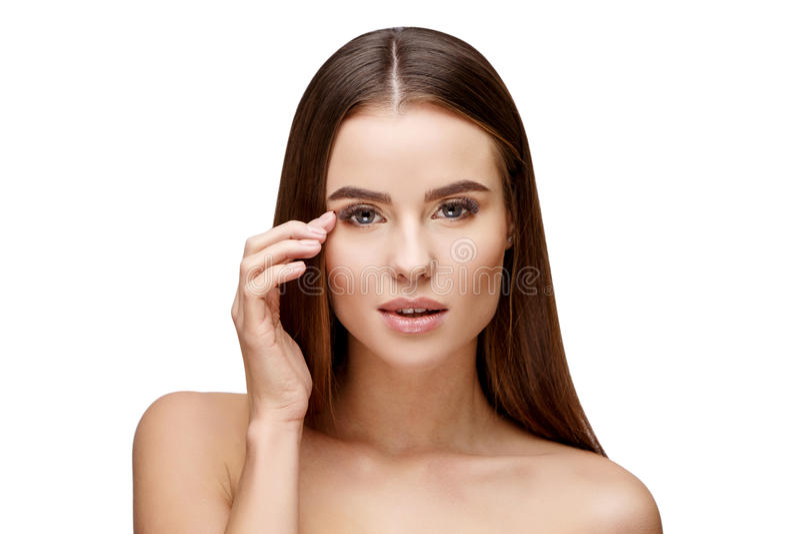 Belle jeune femme avec la peau fraîche propre photo stock