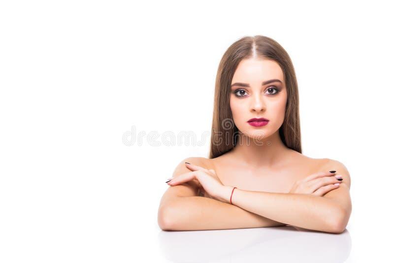 Belle jeune femme avec le portrait frais propre de peau Plan rapproché de visage de femme Traitement facial Cosmétologie, beauté  photographie stock libre de droits