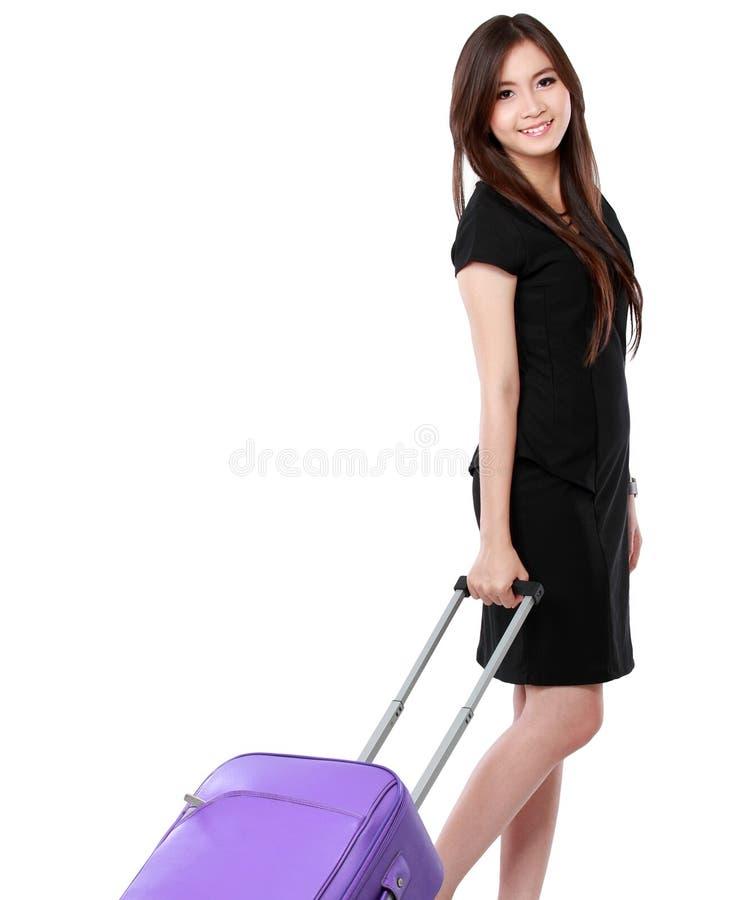 Belle jeune femme d'affaires avec la valise photo libre de droits