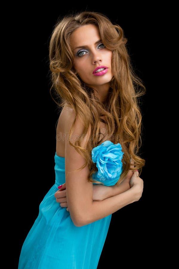 Belle jeune femme de coquette image libre de droits