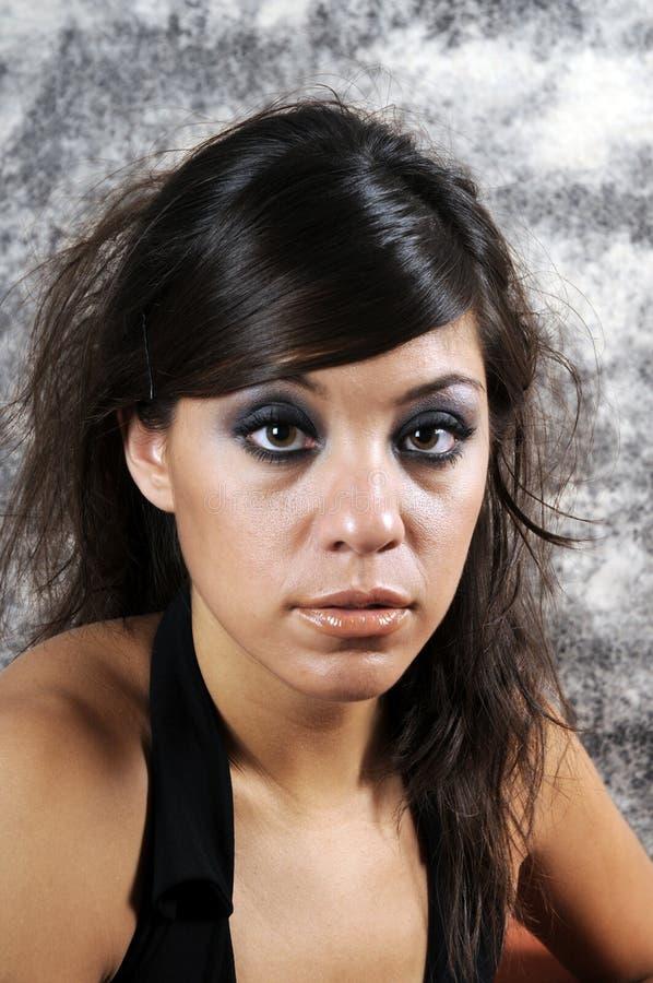 Belle jeune femme hispanique images stock