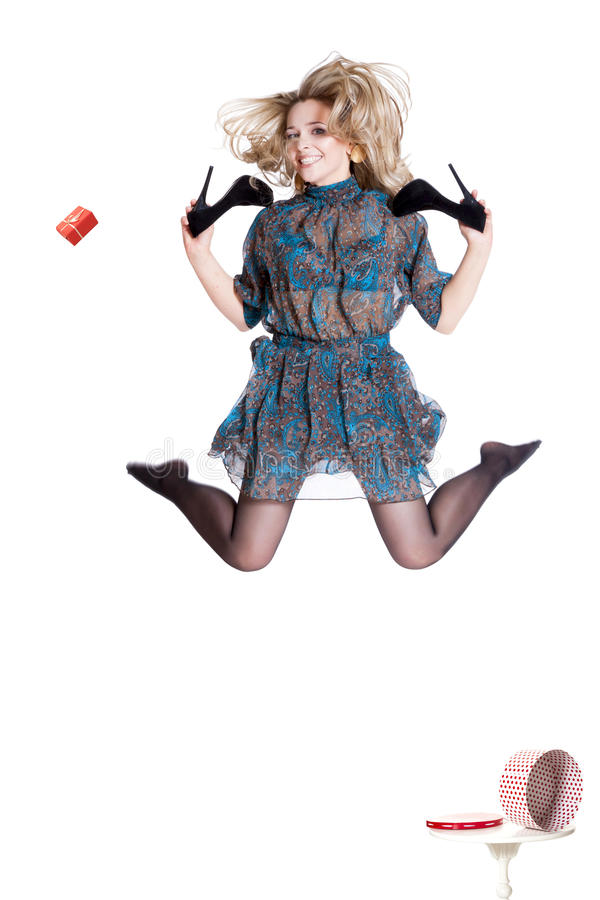 Belle jeune robe de port blonde photographie stock libre de droits
