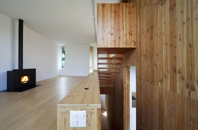 Belle maison écologique photo libre de droits