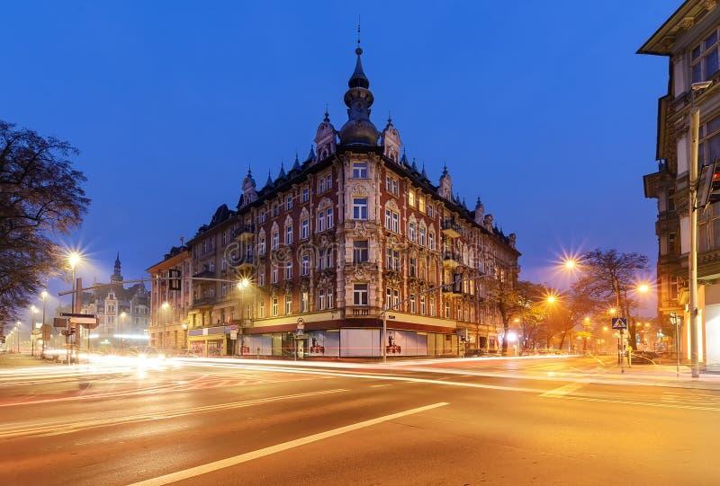 Belle maison dans la partie centrale de Gliwice, Pologne images stock