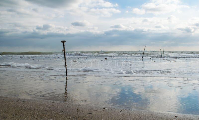 Belle marée basse sur la côte photo libre de droits