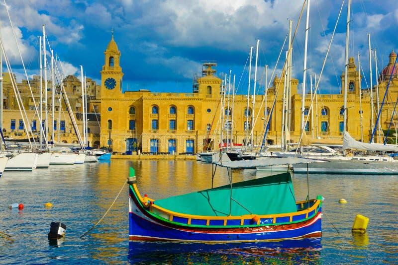 Belle marina de Malte, points de repère de La Valette de La, voyage l'Europe image libre de droits