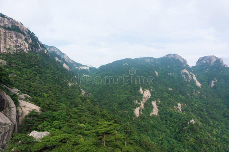 Belle montagne de Huangshan en Chine photographie stock libre de droits