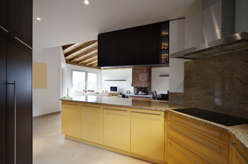 Belle nouvelle maison, intérieur moderne images stock