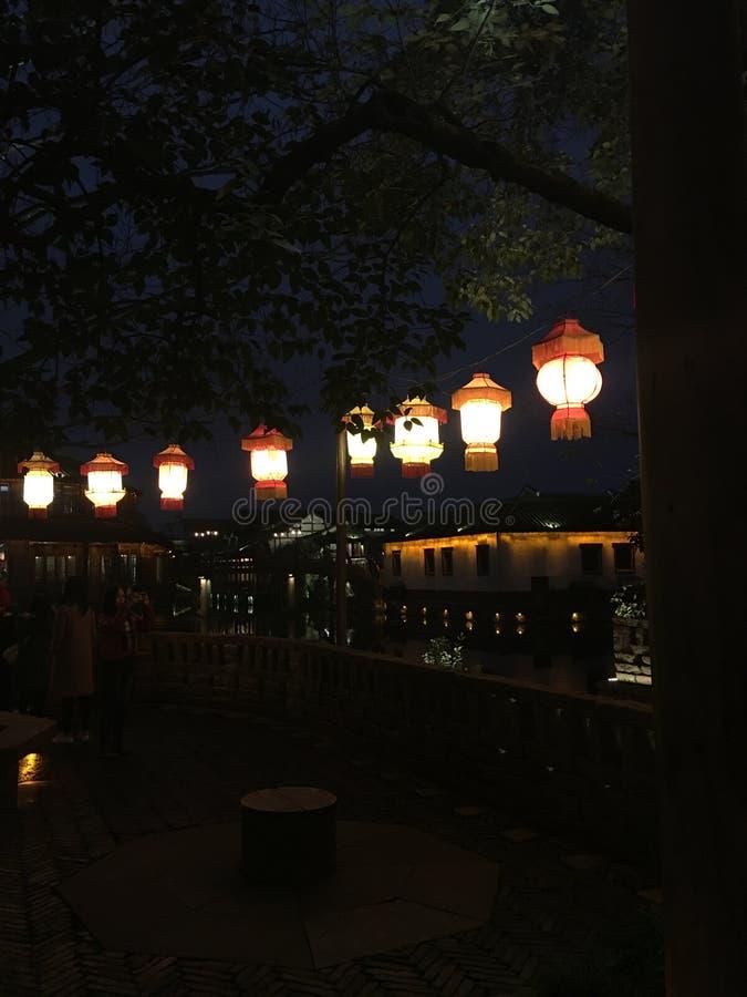 Belle nuit dans la ville de WuZhen image stock