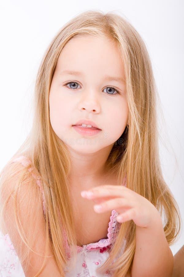 Belle petite fille photos libres de droits